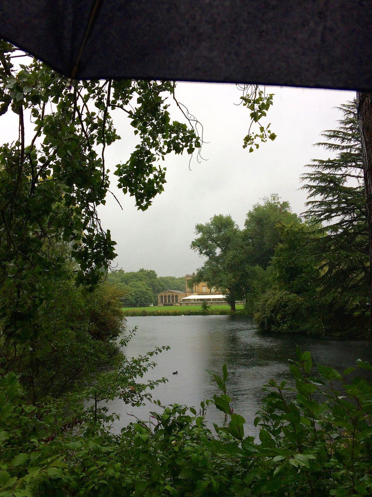 buckingham-palace-rear-view