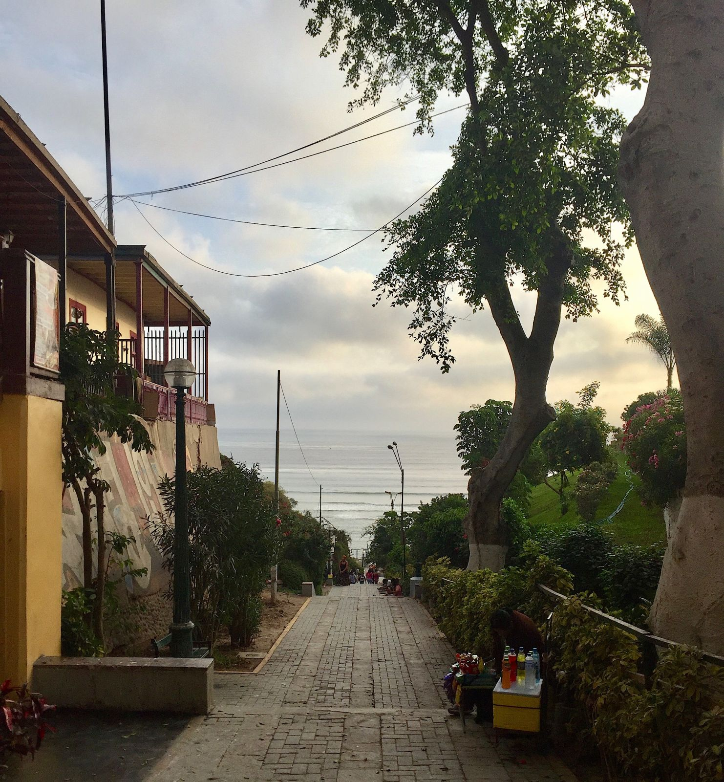 lima-barranco-street-view
