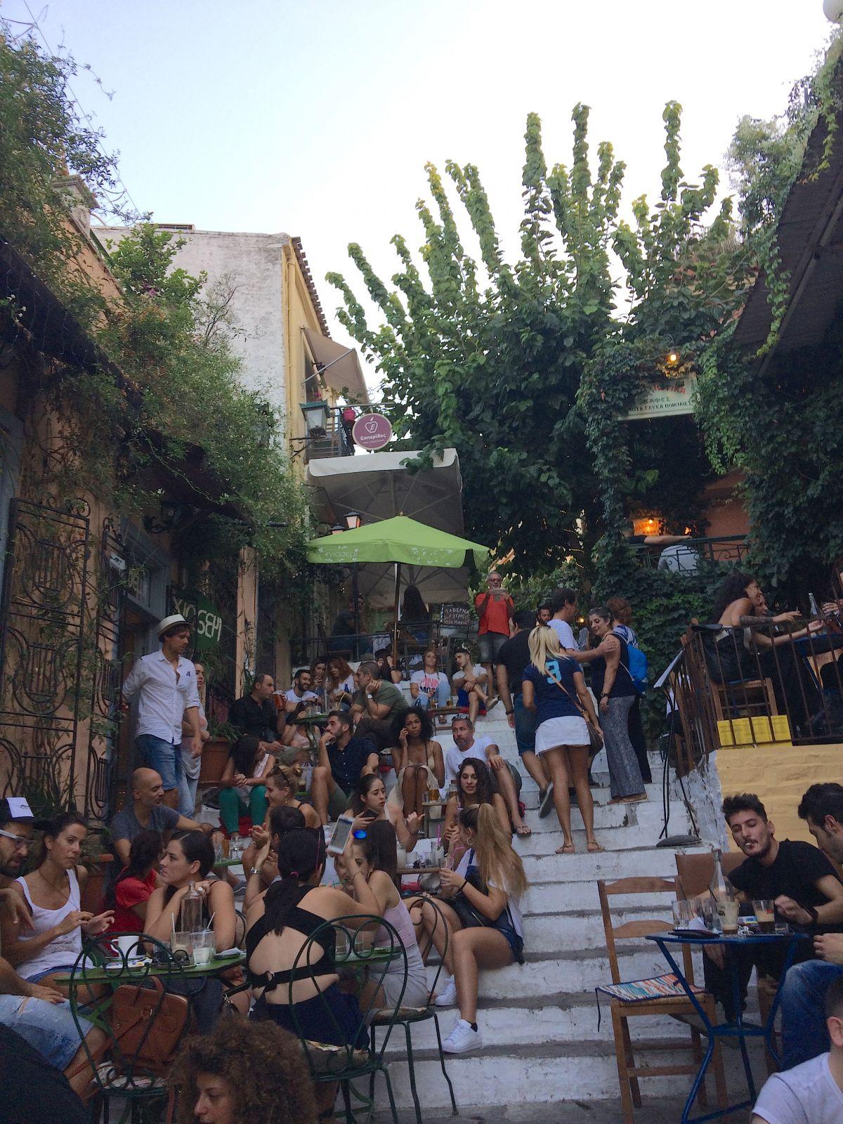 athens-restaurant-street-scene
