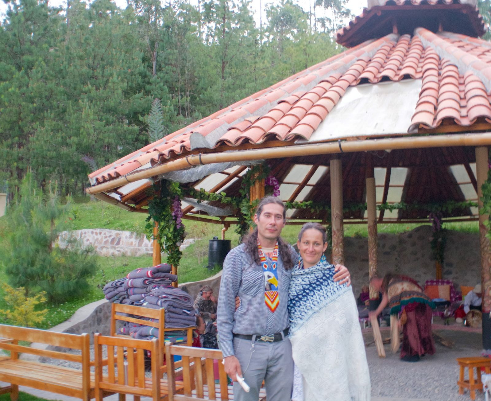 salvidor-paulina-gaia-sagrada-shaman-ecuador