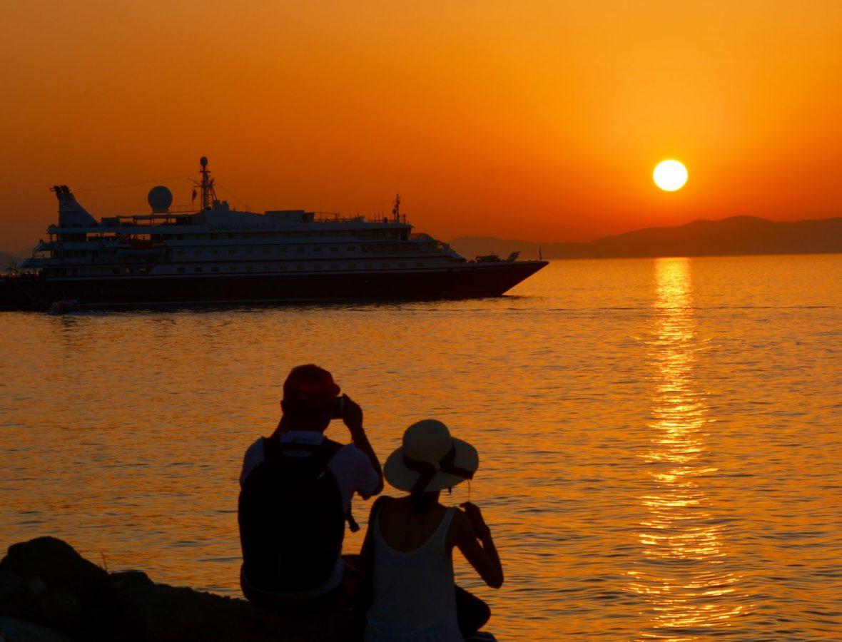 sunset-photographers-mykonos-greece