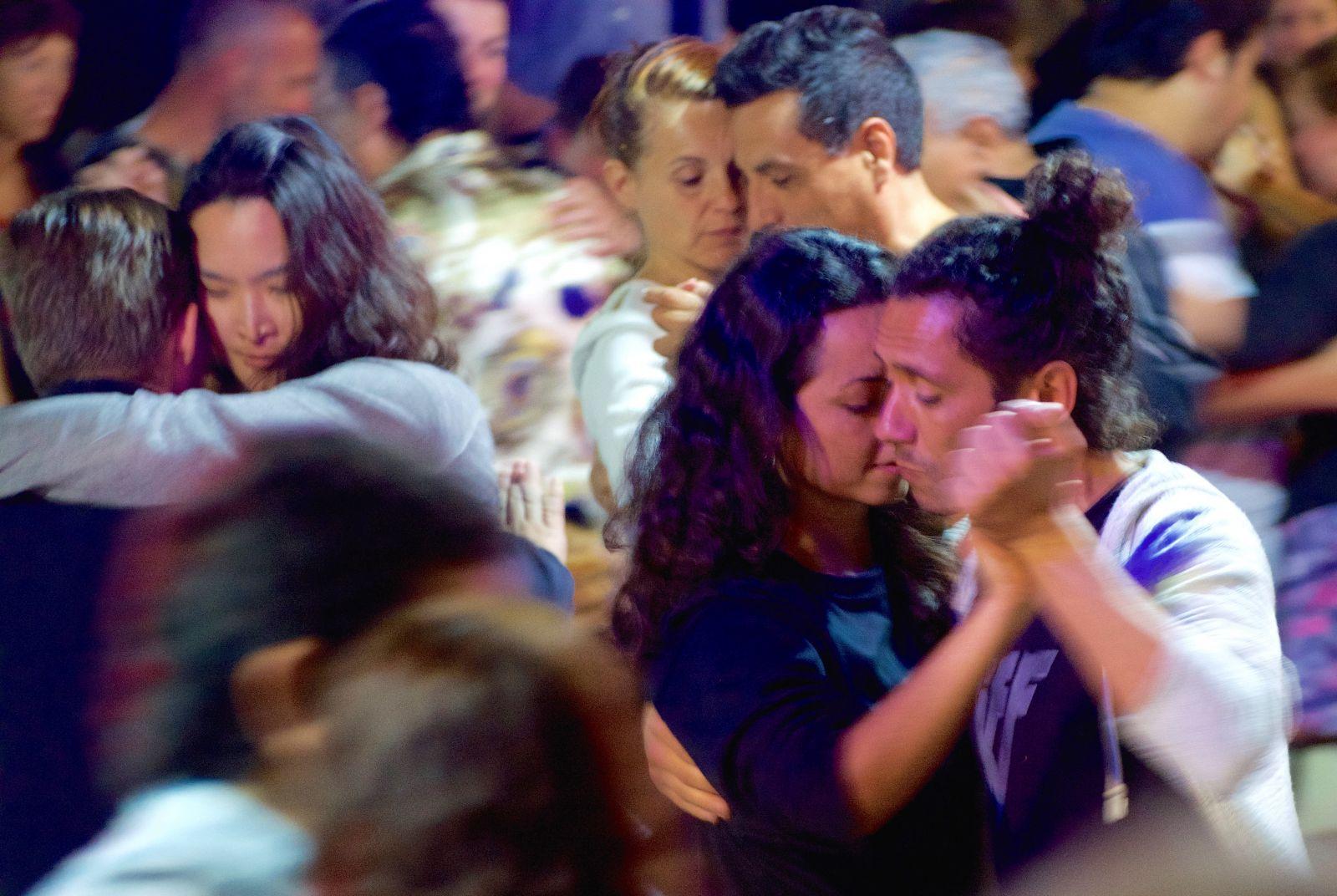 tango-san-telmo-buenos-aires-closeup
