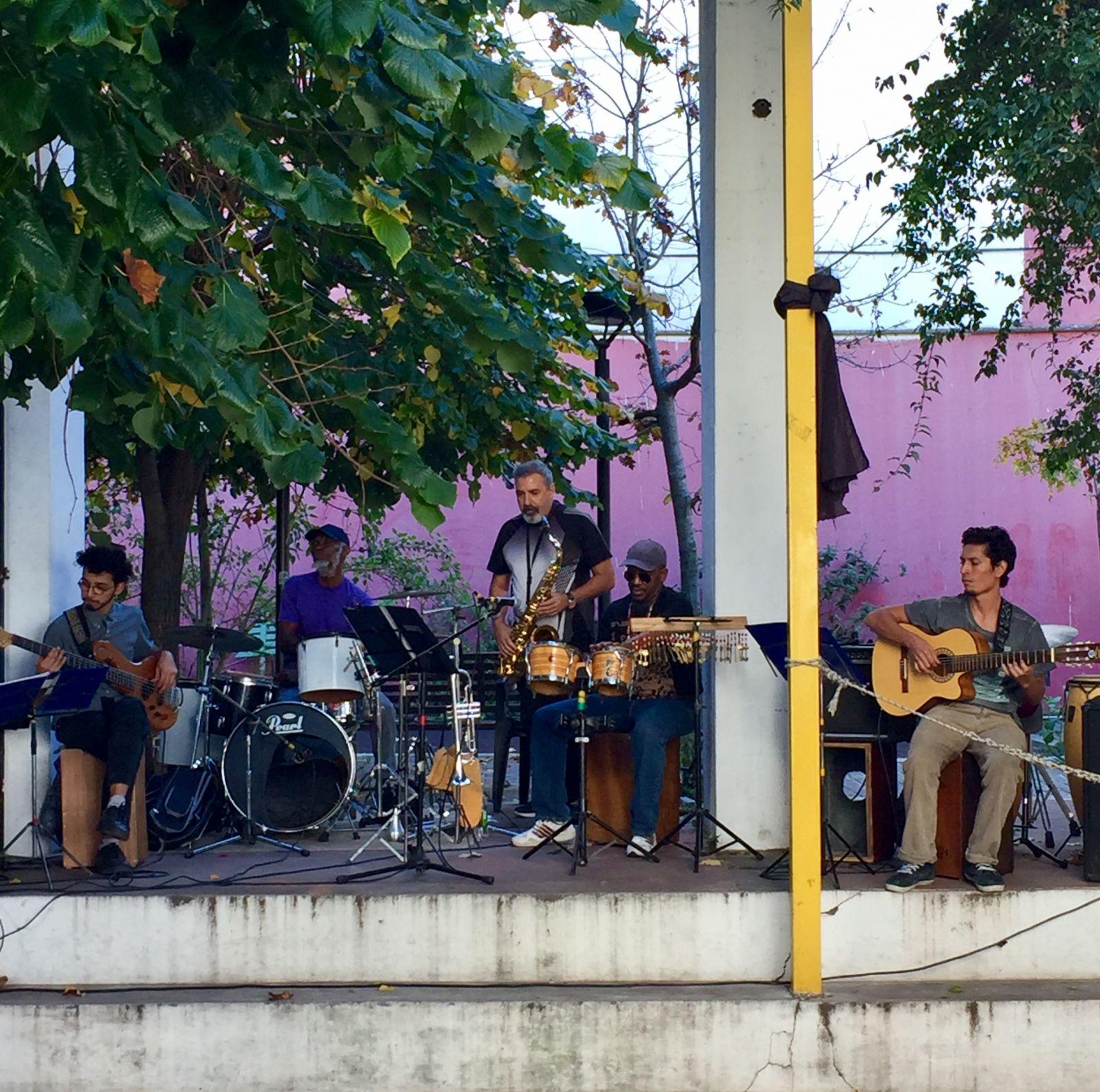musicians-san-telmo-buenos-aires