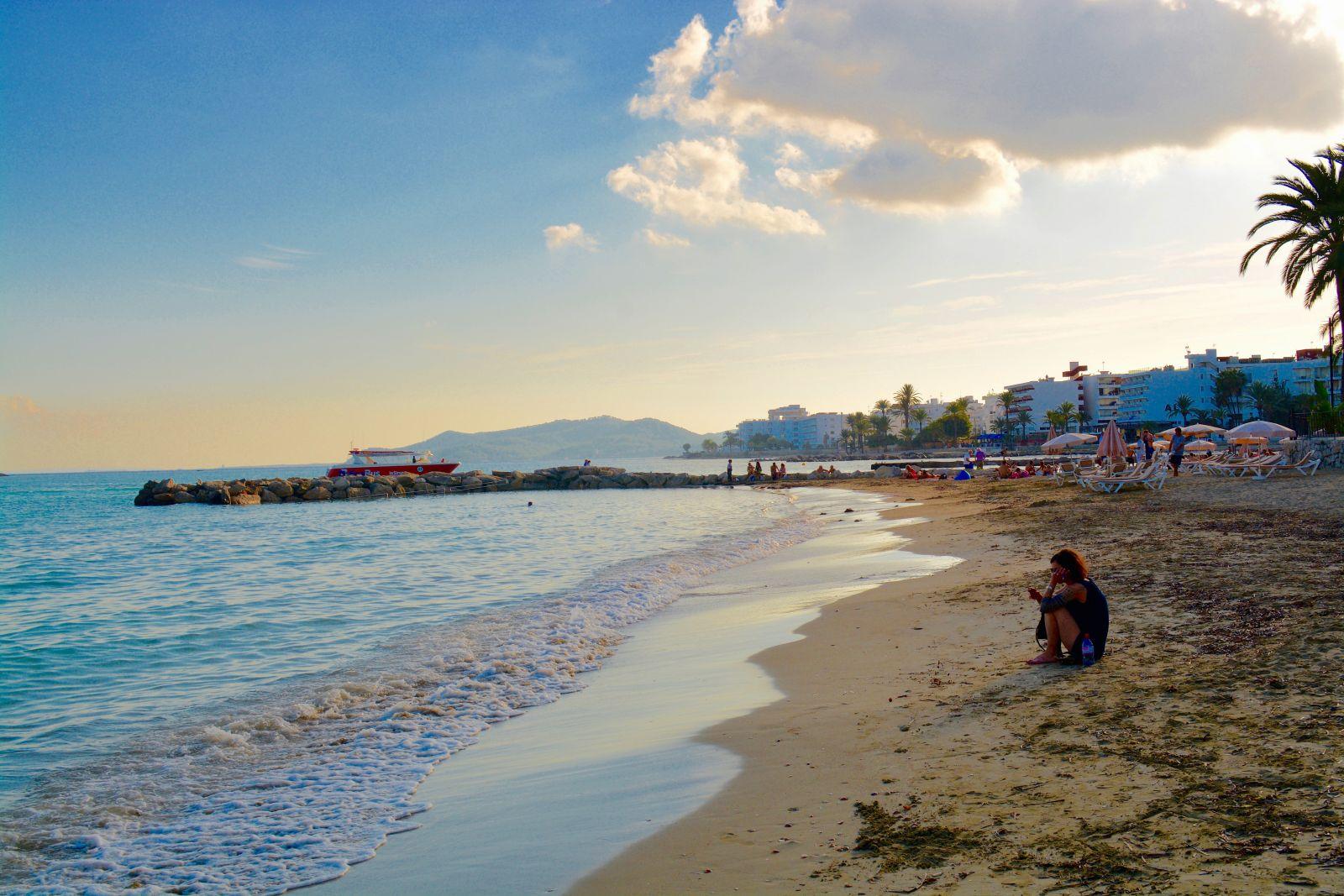ibiza-Figueretas-beach
