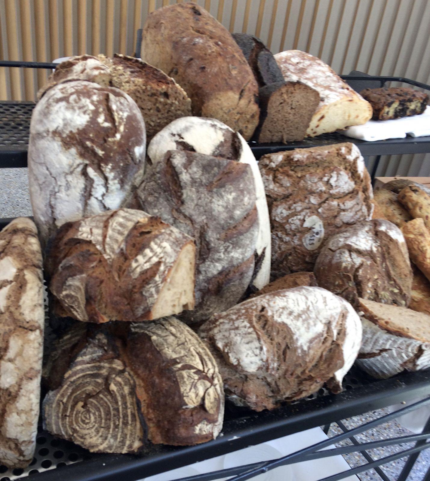 bread-trolley-steiereck-vienna