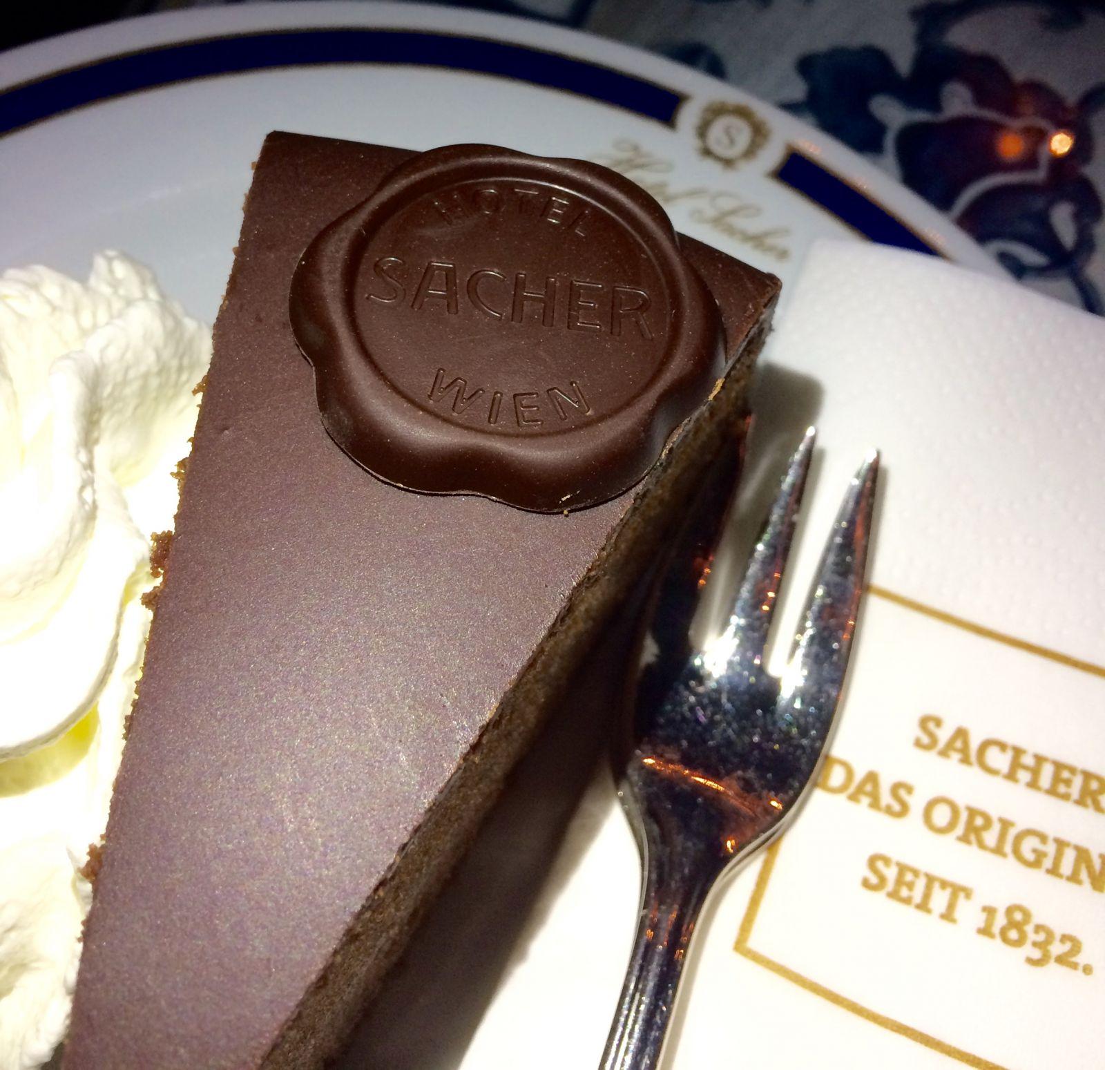 sacher-torte-sacher-hotel-vienna