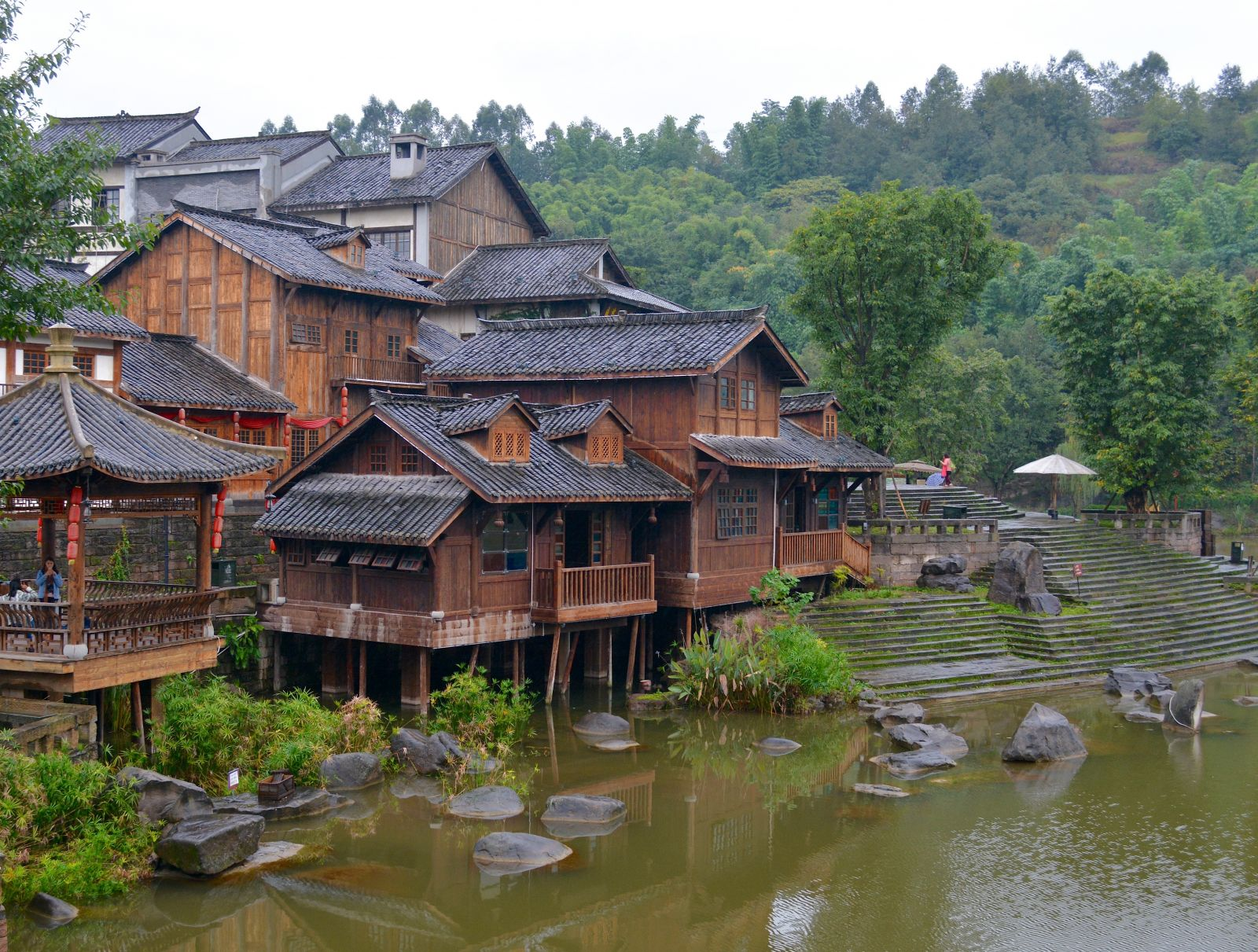 liangjiang-movie-city-buildings