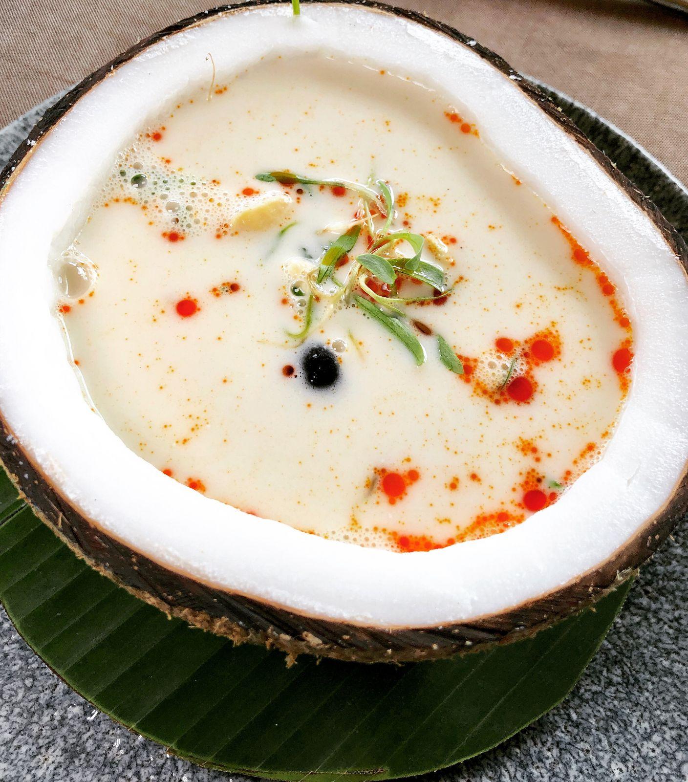 seafood-chowder-zibu-acapulco