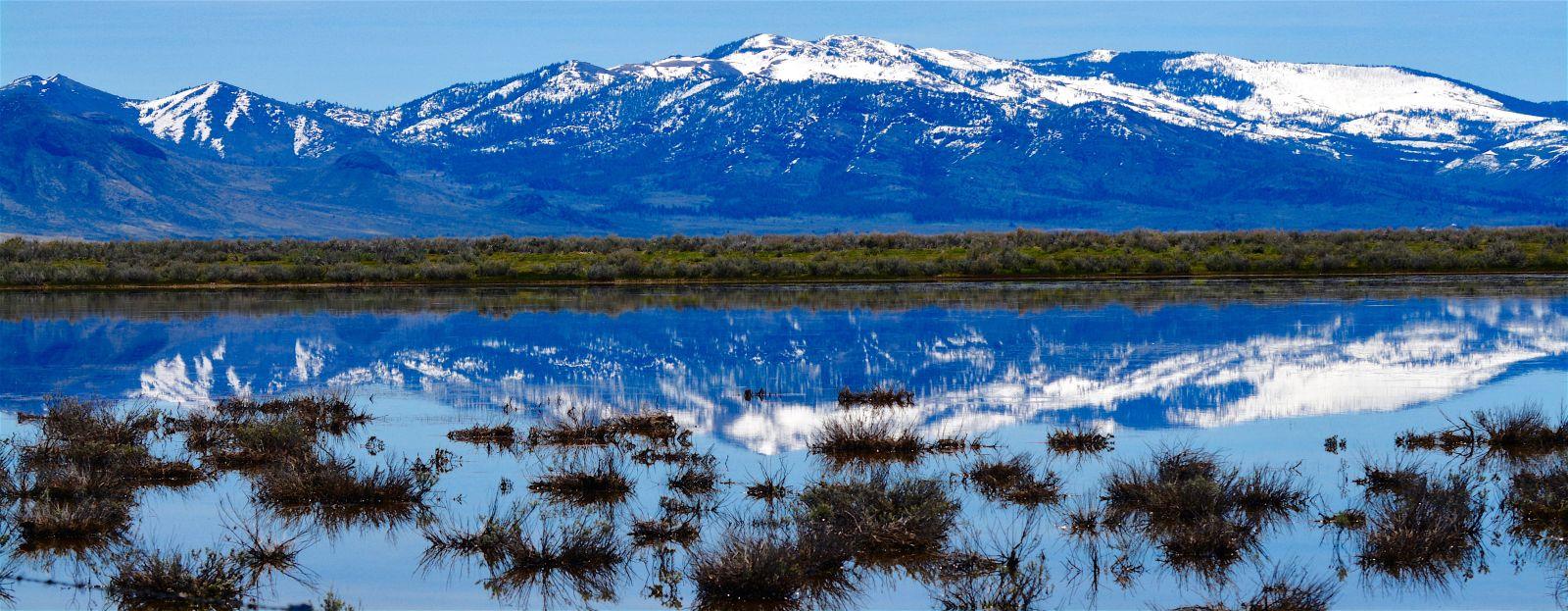 sierra-nevada-mountains-panorama