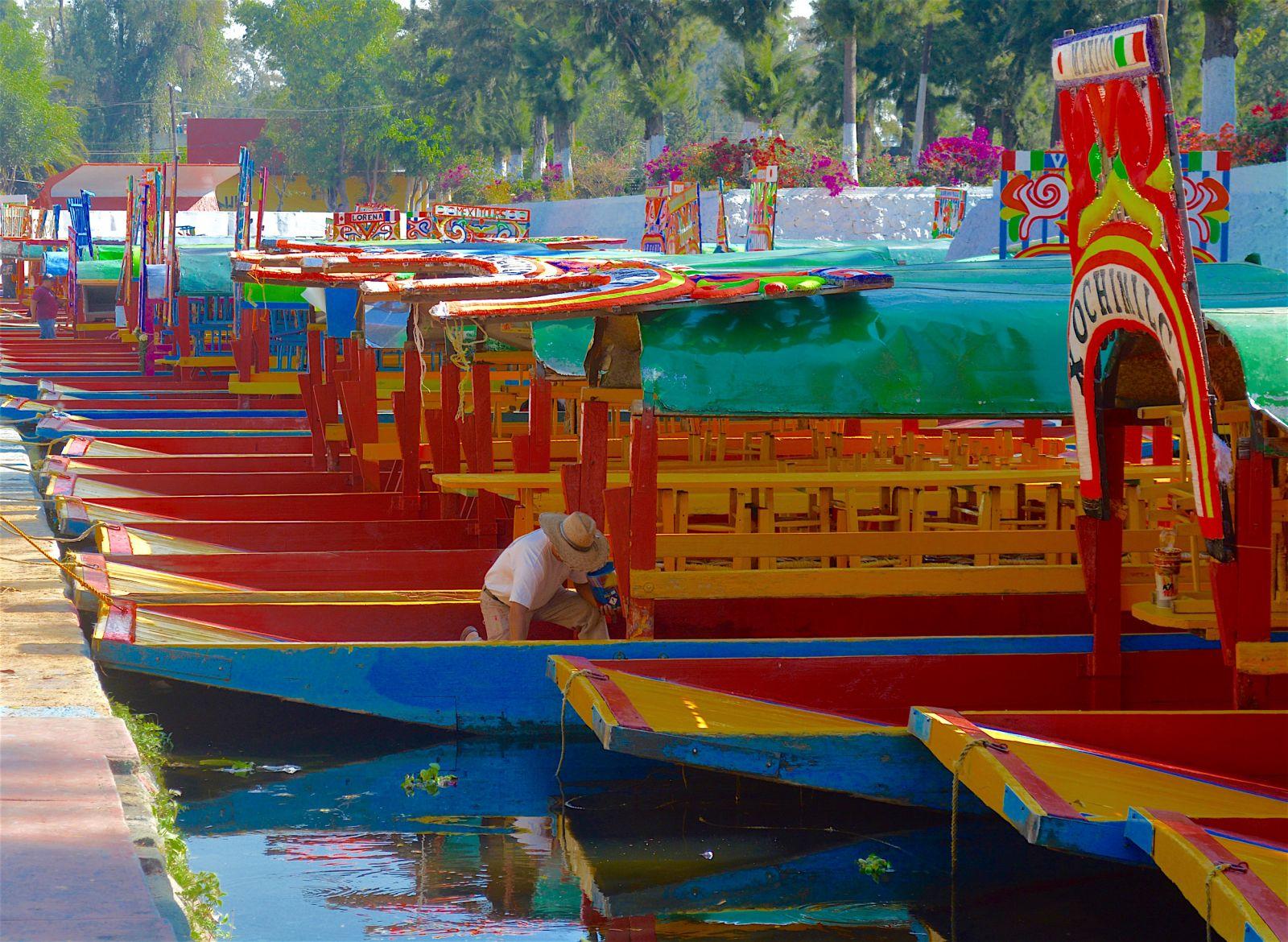 xochimilco-boat-painter