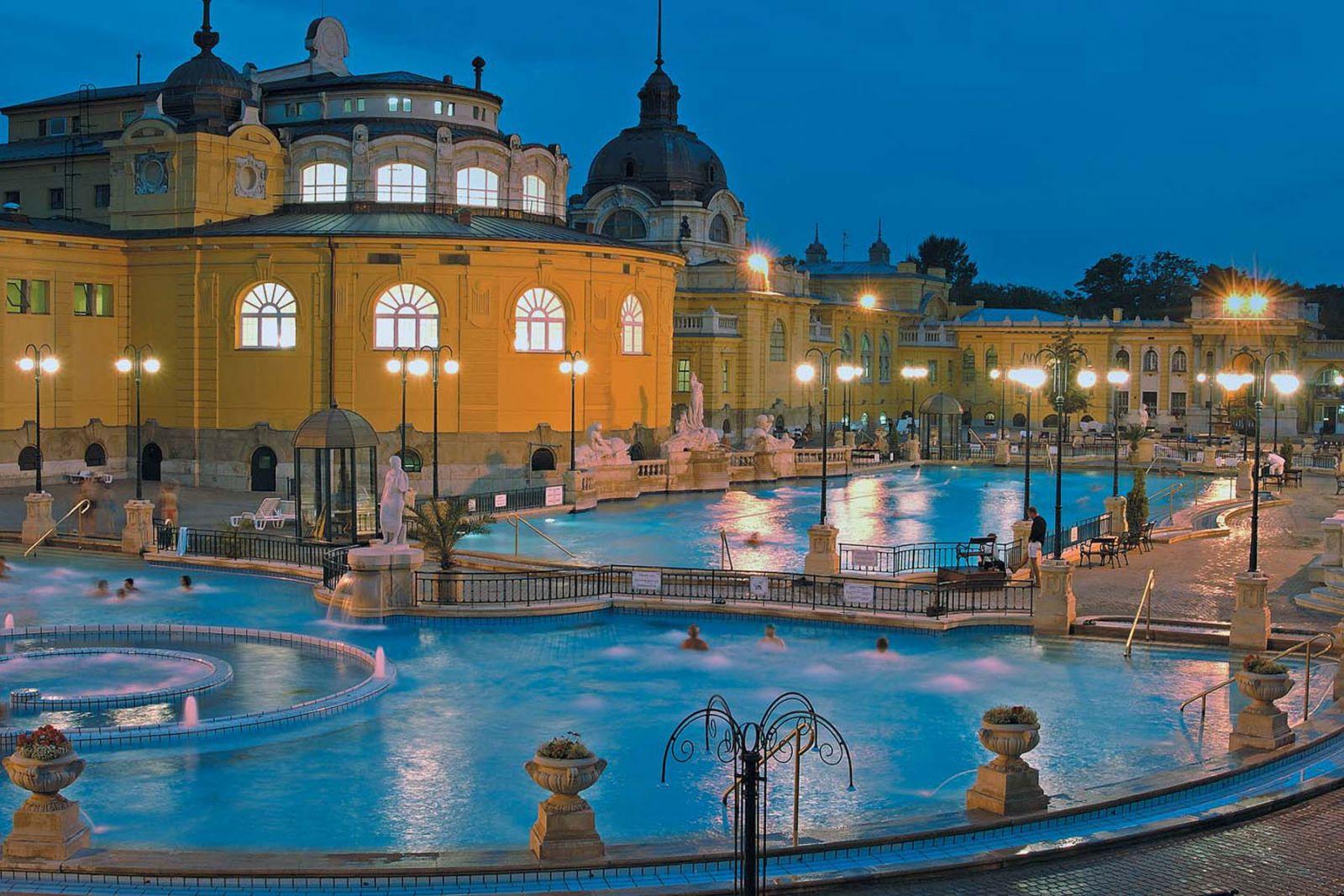 Szecheny thermal bath Budapest