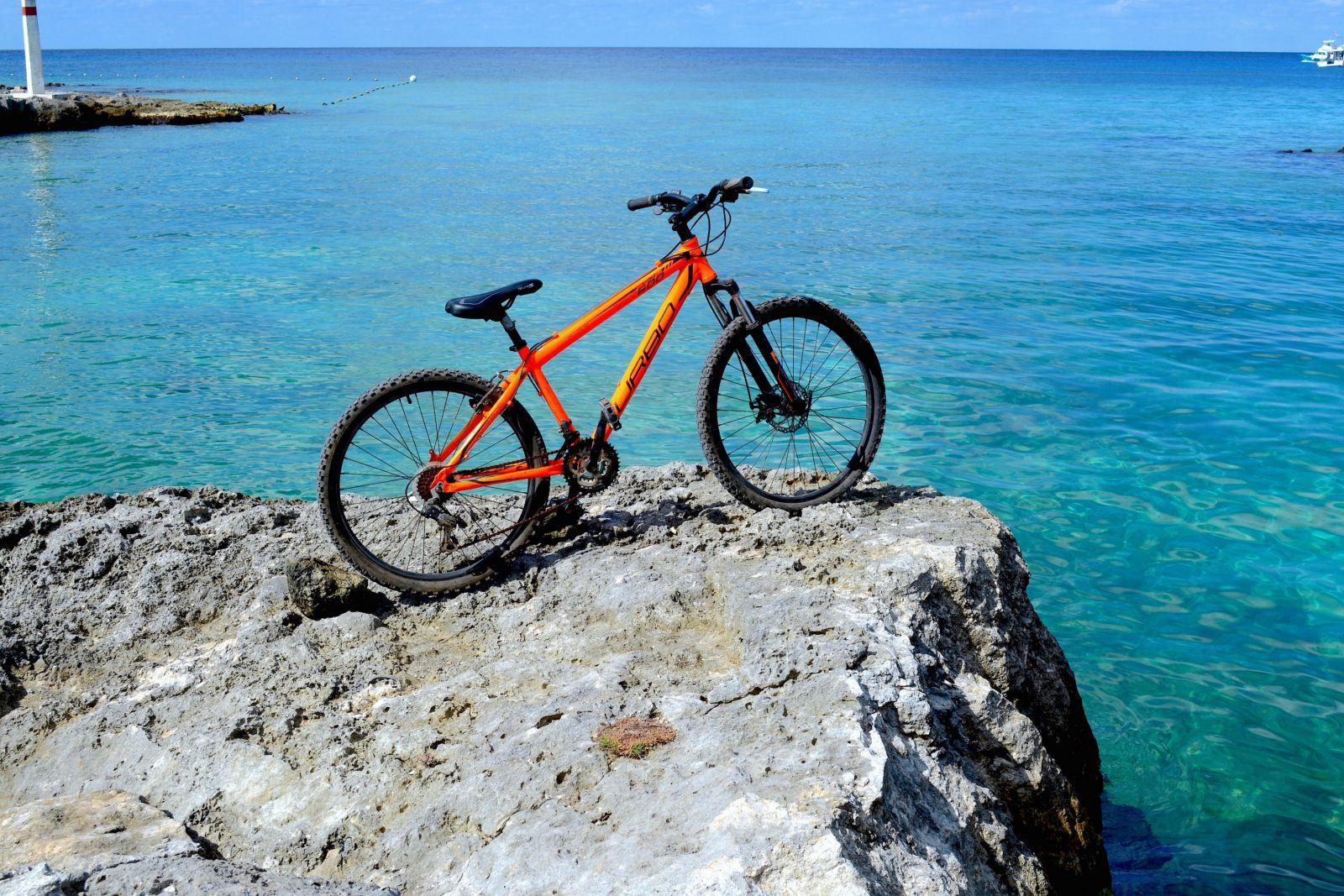 bike-tour-explorean-cozumel-water-view